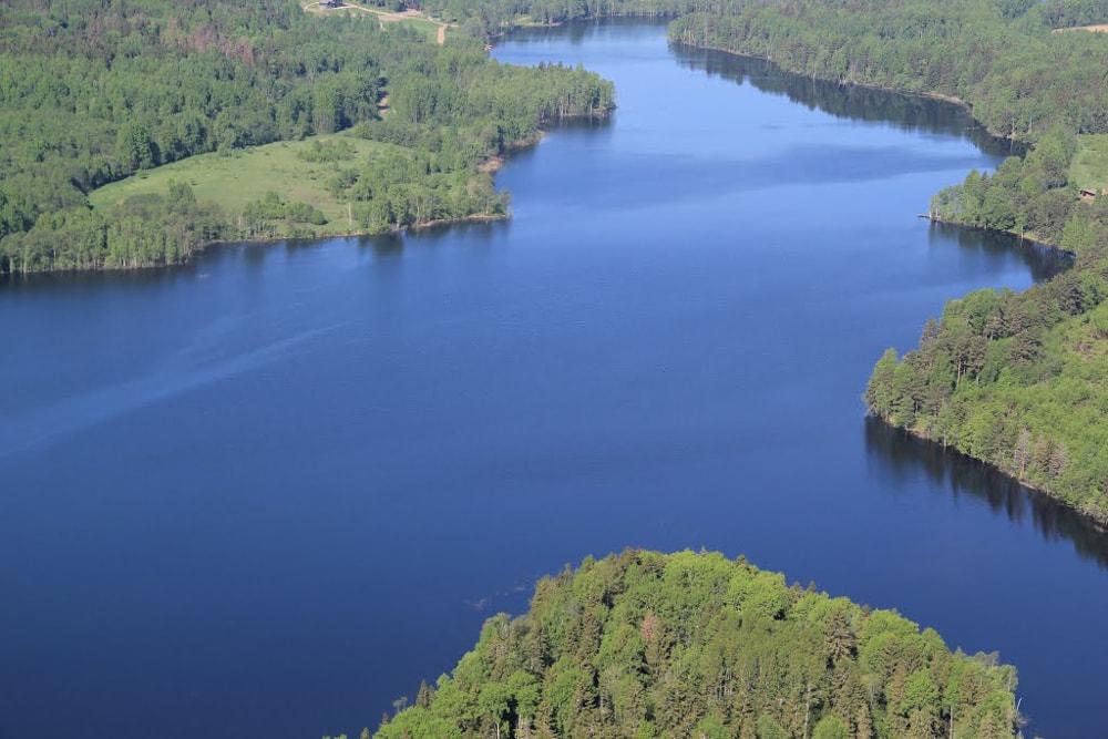 Летний отдых на озере Бросно
